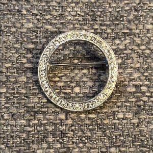 Jewelry - Beautiful Cubic Zirconia Silver Tone Brooch